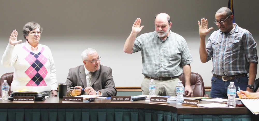 Cloverdale School Board reorganizes, introduces SRO
